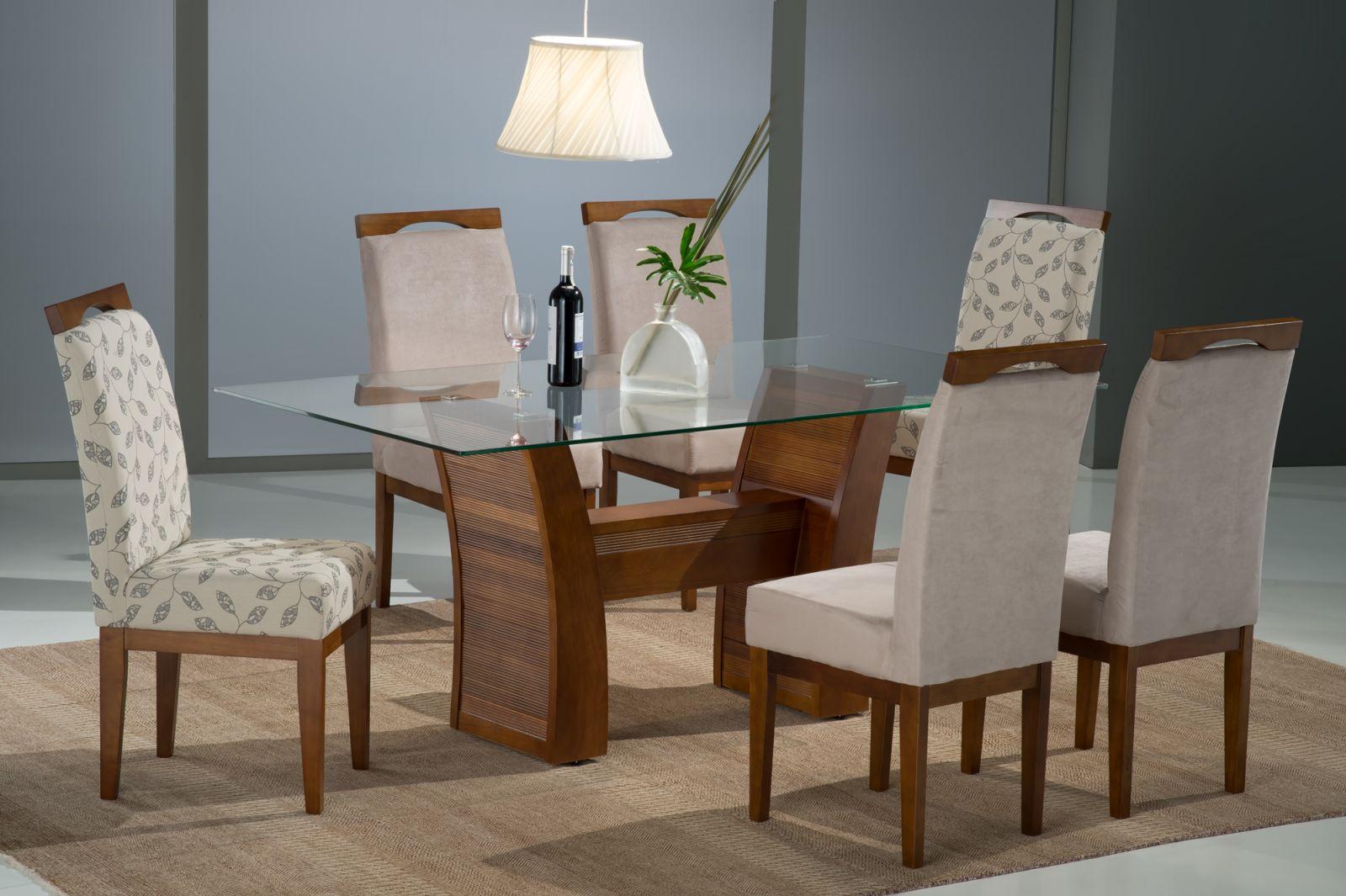 Sala De Jantar De Vidro Com Seis Cadeiras